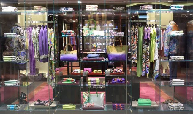 What retailers can learn from cosmetic merchandising